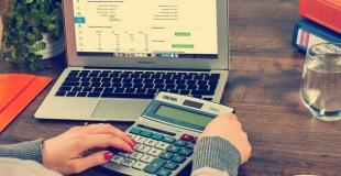 Qu'est-ce qu'un escompte : définition, avantages et intérêt pour l'entreprise