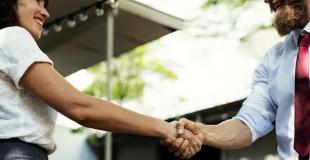 Intégrer un nouvel associé dans l'entreprise : conseils et précautions