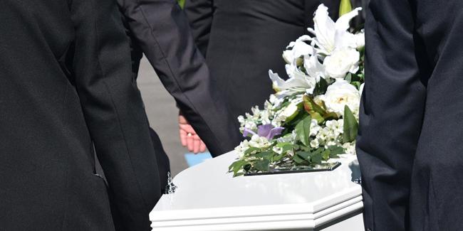 Combien de jours de congés accorder aux salariés pour décès d'un proche ?