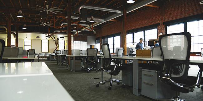 L'open space : avantages, inconvénients et limites de cet espace de travail