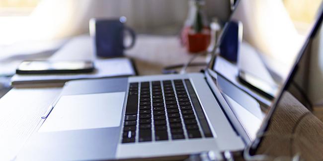 Télétravail : avantages et inconvénients de travailler à la maison