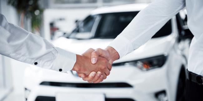 Location d'un véhicule courte durée pour 6 mois à 1 an : quelle solution ?