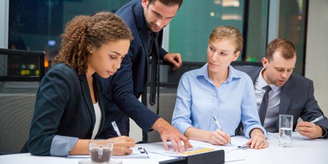Rôle et fonction du management : définition et explications