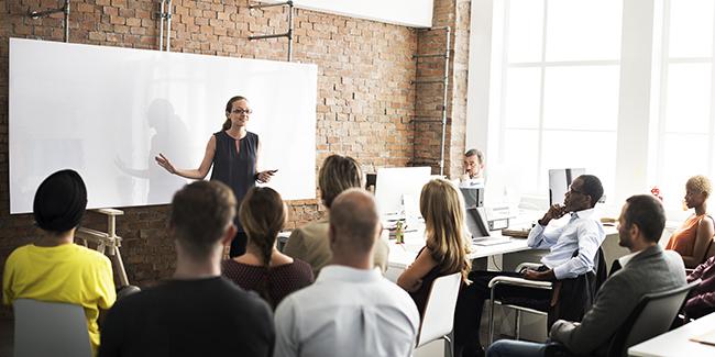 Prendre la parole en réunion : 12 conseils pour être écouté
